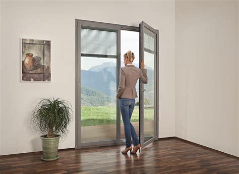 vetri con veneziane interne finestre con veneziane interne finestre con veneziane