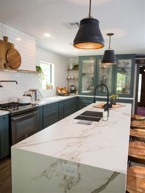 fixer uppers 17 best images about fixer upper on pinterest craftsman