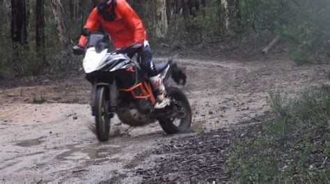 Chris Birch Ktm Chris Birch Shows You What The Ktm 1190 Adventure R Can Do