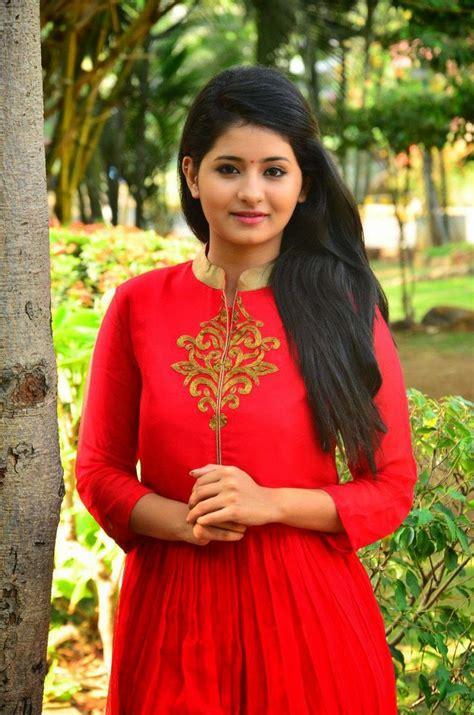 telugu cinema heroine photos hd tamil heroine reshmi menon latest stills at urumeen movie
