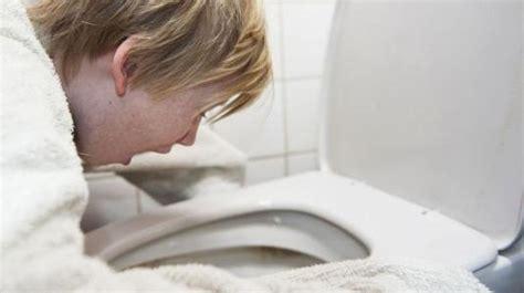 magen darm grippe wann zum arzt symptome behandlung und heilmittel f 252 r darm erkrankungen