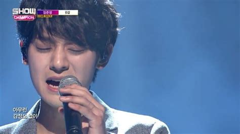 joon young chest tattoo photos of jung joon young s adorable finger tattoo go
