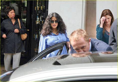 Salma Hayek Baby Bump by Salma Hayek Baby Bump In Blue Photo 157001 Francois