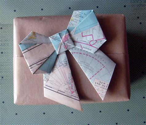 Origami Map Fold - vintage map origami bows set of 3 notbyamber madeit
