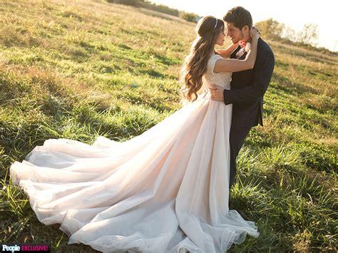 ben seewald and jessa duggar wedding when ben seewald saw jessa duggar in her wedding dress