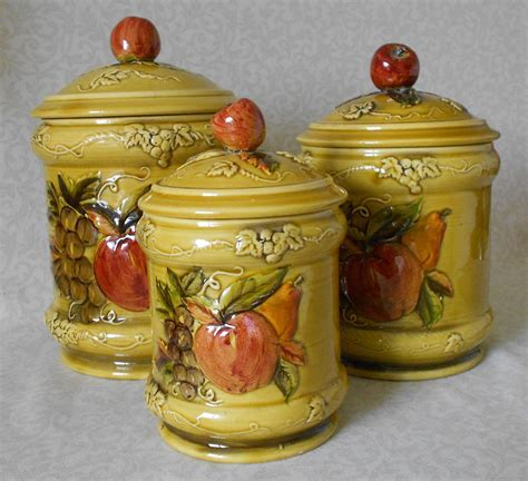 pottery kitchen canisters ceramic kitchen canisters 1968 lefton apple pear pattern