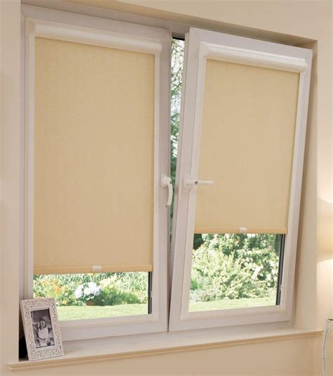 Door Shades For Doors With Windows Ideas Roller Shades Doors Window Treatments Design Ideas