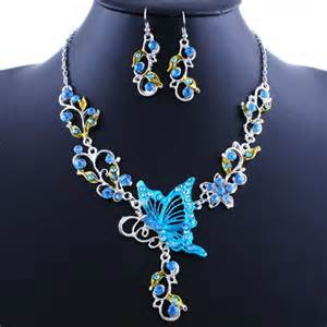 fashionable retro national butterfly flower shape necklace