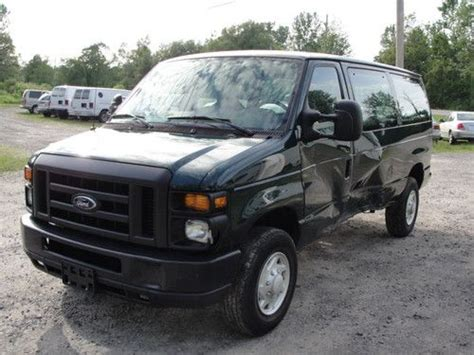 buy used 2009 09 ford econoline e250 e 250 e work cargo van salvage repairable damaged in