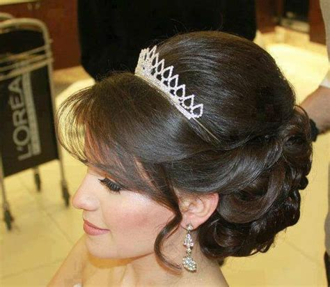 medium hair styles with puff around the crown 8 hairstyle options for the bride to be wedabout wedabout