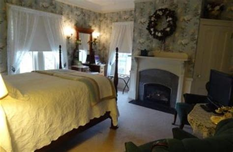 Bed And Breakfast Bar Harbor Maine by Primrose Inn Historic Bar Harbor Bed And Breakfast In Bar