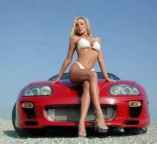 model beauty: car with hot girl