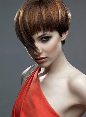 apuestos estilos con flequillo moda 2012 peinados de moda peinados y looks de moda s 250 per cortes de pelo corto con