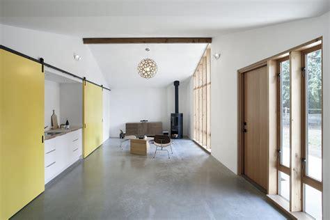 modern sliding barn door design ideas   interior