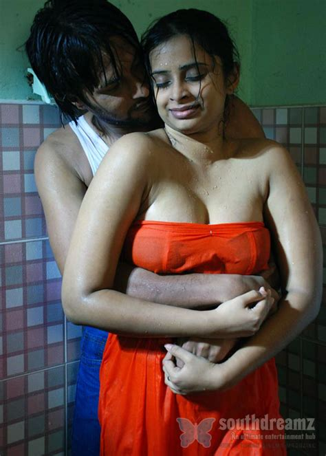 bathroom sex hindi hot hindi sex stori