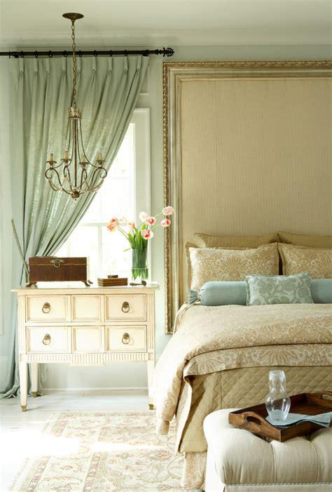 mgc diseno de interiores decorando la habitacion principal