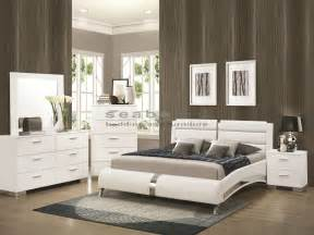 White Contemporary Bedroom Sets 300345q Felicity White Chrome 6pc Bedroom Set