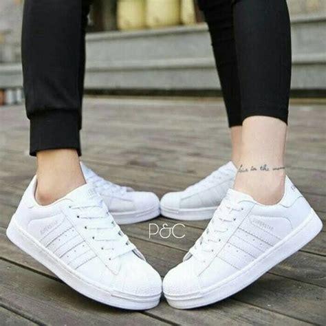 Sepatu Kets Sneakers Casual Wanita sepatu adidas putih wanita kets casual sport