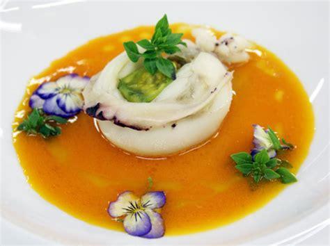 zucchine con fiore ricette ricetta seppie ripiene con fiore di zucchina ricotta e