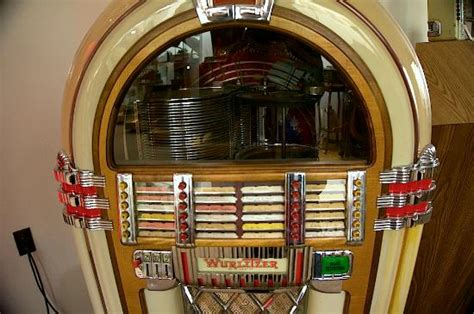 juke house music wurlitzer jukebox picture of music house museum acme tripadvisor