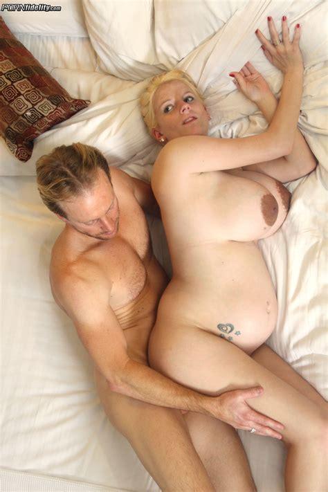 Pregnant Blonde Needs A Good Fuck Milf Fox