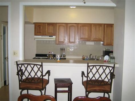 small kitchen design with breakfast bar 8 good breakfast bars for small kitchens estateregional com