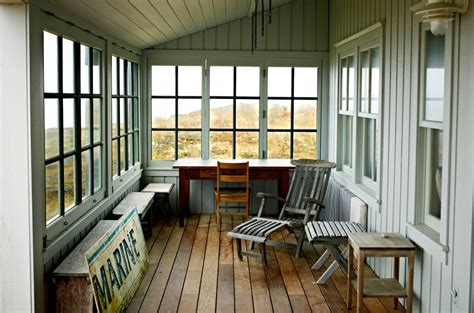 Enclosing a porch screened with glass 17 best 25 enclosed porches ideas on pinterest 10 screen