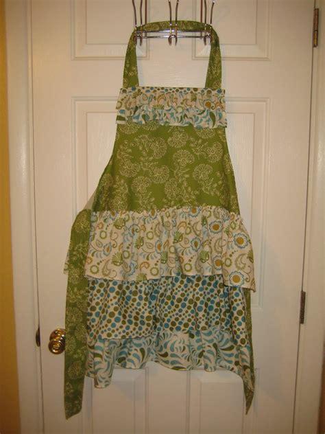 apron tutorial ruffle mama lusco handmade apron love