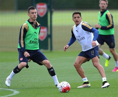 alexis sanchez koscielny arsenal news sol cbell claims this duo would make