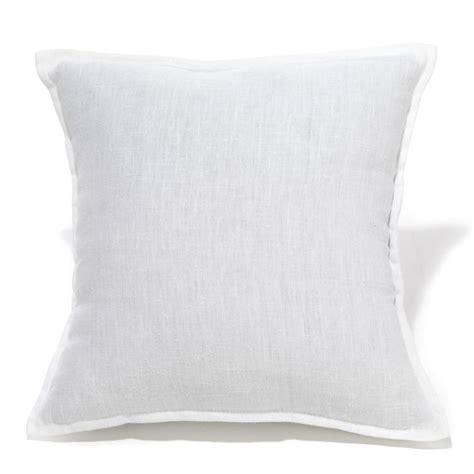 coussins blanc les 25 meilleures id 233 es de la cat 233 gorie coussins d 233 coratifs blancs sur oreillers