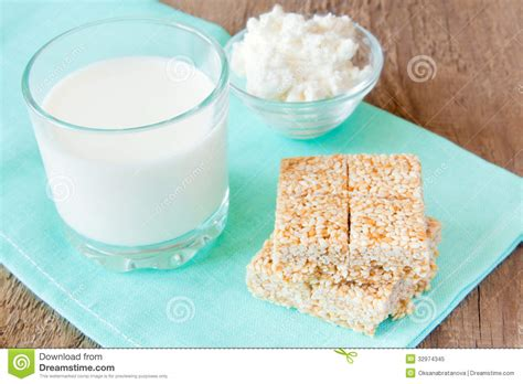 Is Cottage Cheese High In Calcium by Calcium Content In Cottage Cheese 10 High Sodium Foods