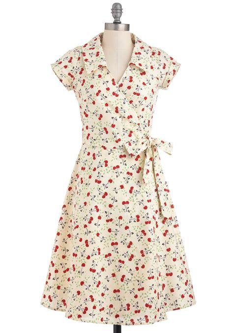 cotton dress design pattern cherry a tune dress mod retro vintage dresses modcloth com