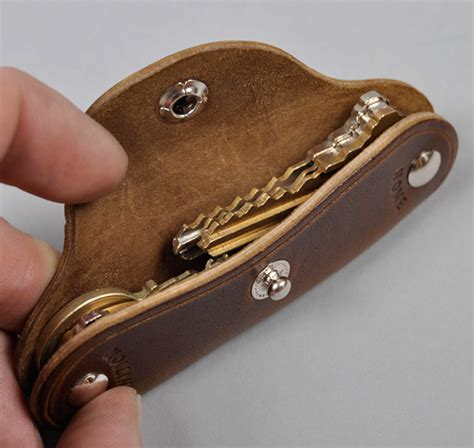 Leather Key Holder Brown horsehide key holder brown hickoree s