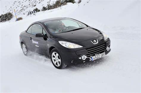 Adac Kfz Versicherung Test 2015 by Adac Winterreifentest 2011 Michelin Alpin A4 Autonews 123