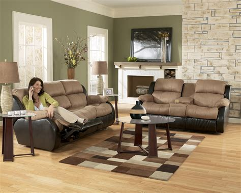 ashley living room furniture ashley furniture presley 31501 cocoa living room set