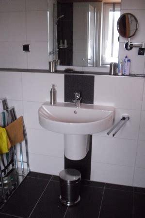wc sitz mit wasserreinigung badezimmer ablage badezimmer ablage mit schubk 228
