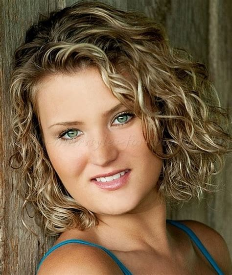 short wavy hairstyles   wavy bob hairstyle   trendy hairstyles for women.com