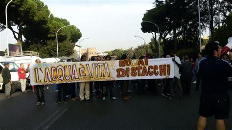 Sede Acea Roma by Casa Protesta Dei Movimenti Sotto La Sede Acea Quot No Ai