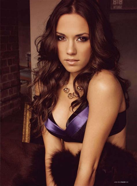 nationwide commercial actress singing jana kramer se lanza a grabar villancicos en verano