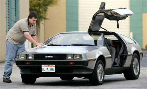 delorean car pictures delorean 15 things to about this timeless machine