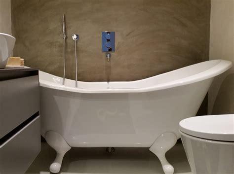 resina per pareti bagno interni provenzali