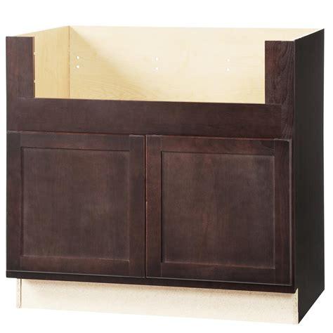 assembled 36x34 5x24 in sink base kitchen cabinet in hton bay shaker assembled 36x34 5x24 in farmhouse