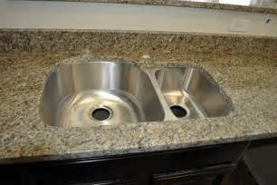 kitchen sink but with squared granite edging