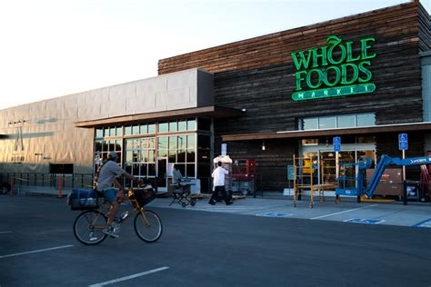New Whole Foods store wake up call for Andronico's ? Berkeleyside