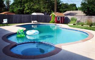 Small Backyard Inground Pool Design Triyae Small Backyard Inground Pools Various Design Inspiration For Backyard