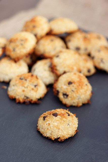 macaroons coconut macaroons and chocolate chips on pinterest