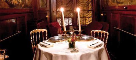 tavola per cena romantica come organizzare una cena romantica in casa