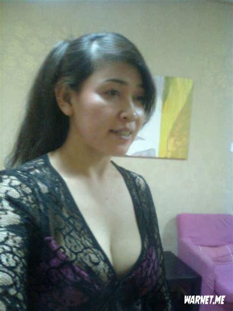 Artis Indonesia telanjang Bulat tante Montok Dari Tasik Img15