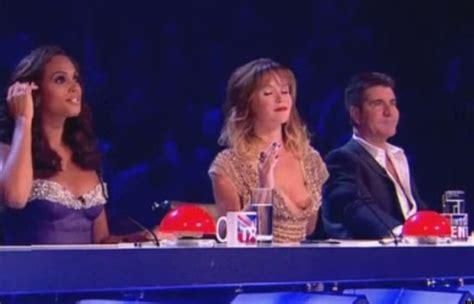 Amanda Holden Wardrobe by Britain S Got Talent Amanda Holden Suffers Nip Slip Wardrobe During Live
