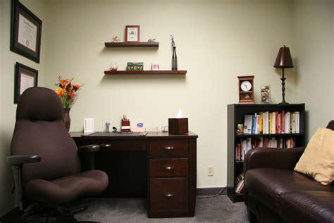 therapist office decorating ideas styles yvotube